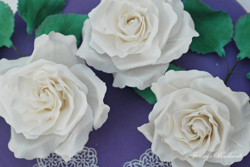 Torte mit Rosen
