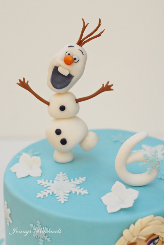 Die Eiskonigin Torte Mit Olaf Und Elsa Jennys Backwelt