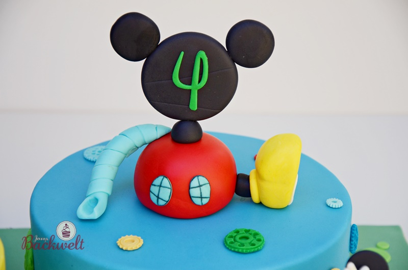Mickey Mouse Wunderhaus Torte