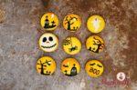 Halloween Macarons gefüllt mit Ovomaltine Buttercreme